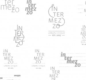 <span>Intermezzo identiteit</span><i>→</i>