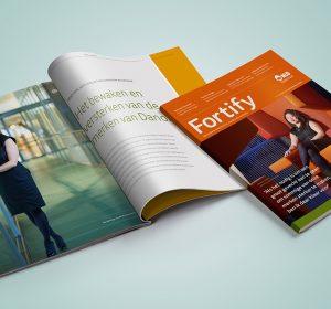 <span>Fortify magazine</span><i>→</i>